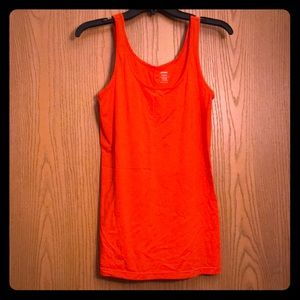 Old Navy TALL First-Layer Scoop Neck Fitted Tank
